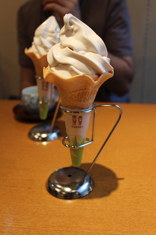 Sake ice cream